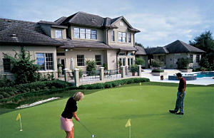 Golf Putting Greens by Ken Holland, Alternascapes, and EasyTurf for home or business.