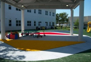 Hollywood Hills Elementary School in South Florida with colored FieldTurf grass.