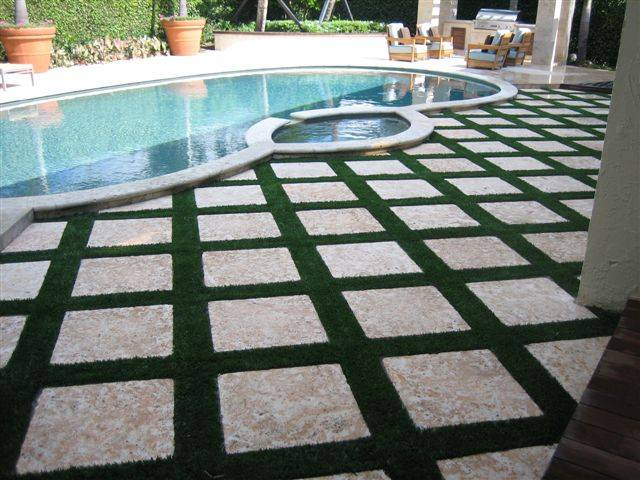 florida pool, deck and patio areas with easyturf artificial grass