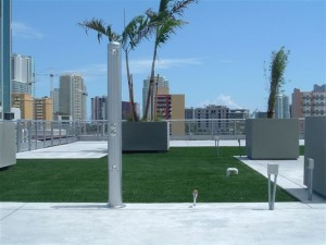 FieldTurf Synthetic Lawn for Rooftop Green Roof of Commercial Office Building
