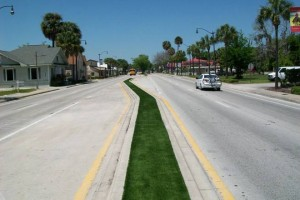 Kissimmee FieldTurf Synthetic Grass Island Median Strip for a durability and no mow maintenance.