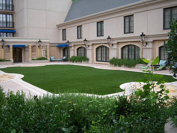 St Regis Hotel Residences in Buckhead Georgia with FieldTurf artificial grass.